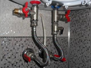 Гибкая подводка для подключения к водопроводу в комплектации смесителей Lex