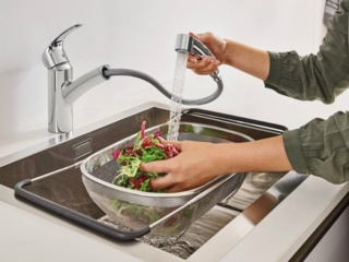 Смесители Lex с выдвижным изливом для кухонной мойки